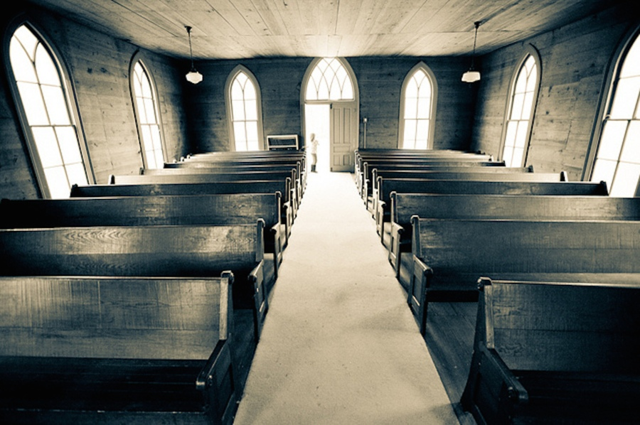 old-empty-church-pews
